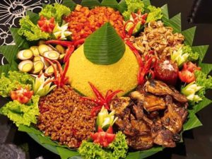 Read more about the article Solusi Nasi Tumpeng Murah Solusi Catering
